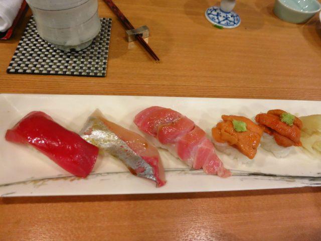 3) 岛池鱼寿司 x 4 (@hk$35) -我比较喜欢食shima aji -肉质爽爽哋